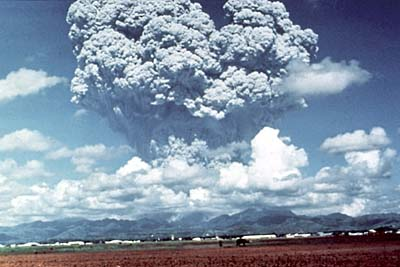 photo: Courtesy USGS;desc: Mount Pinatubo eruption, June 15, 1991.